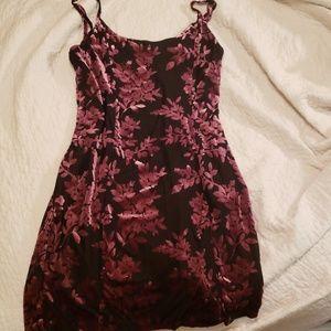 Mini body con plus size dress